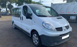RENAULT TRAFIC DCI 9 PLACES