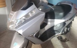 Scooter Piaggio X8 125 gris